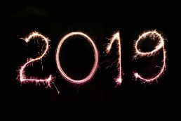 '2019' written with Sparklers